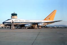 Boeing 747 400, Boeing Aircraft, Passenger Aircraft, Jets, Good Ol Times, Vintage Airline, Air Photo, Commercial Aircraft, World Pictures