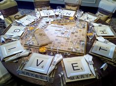 Table top decor with a Scrabble theme - This would be so much fun for a birthday party! 75th Birthday Parties, Diy Birthday Cake, Birthday Party Tables, Birthday Dinners, Birthday Recipes, Board Game Themes, Board Game Table, Table Games, Board Games