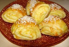 Sós vajas tekercs Butter Roll Recipe, Bread Dough Recipe, No Salt Recipes, Baking Recipes, Croation Recipes, Georgian Food, Salty Snacks, Hungarian Recipes, Bread And Pastries