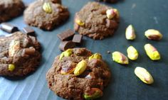 Double-Chocolate Pistachio Cookies (Gluten-Free, Vegan) from Emily Turner of Gluten Free With Emily Double Chocolate Cookies, Gluten Free Chocolate Chip Cookies, Gluten Free Cookies, Chocolate Recipes, Dairy Free Recipes, Vegan Gluten Free, Vegan Recipes, Paleo Vegan, Easy Recipes
