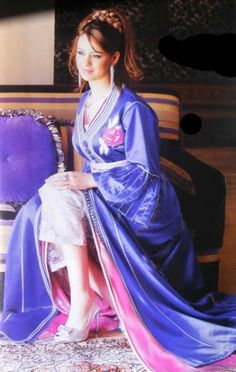 the moroccan caftan    Moroccan dresses for wthe caftan is usually worn more by women in Morocco. the caftan  is the name of...