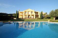 Villa for Sale in Benahavís, Costa del Sol | Click image for more info