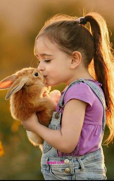 "It's not an ""instinctual"" thing to hurt animals. We are born loving and caring for them. DEUS quando quis retratar a inocência criou as crianças ! So Cute Baby, Cute Kids, Cute Babies, Animals For Kids, Animals And Pets, Baby Animals, Cute Animals, Wild Animals, Precious Children"