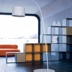 qubing Regal als #Raumteiler mit offenen oder geschlossenen Fächern, mit Platz für Deko oder als Stauraum