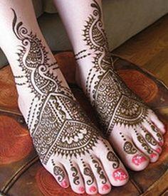 Mehndi Designs for Legs 3