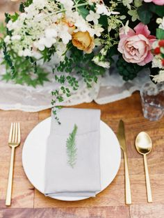 The place setting: http://www.stylemepretty.com/2015/07/29/30-details-for-an-organic-naturally-elegant-wedding/