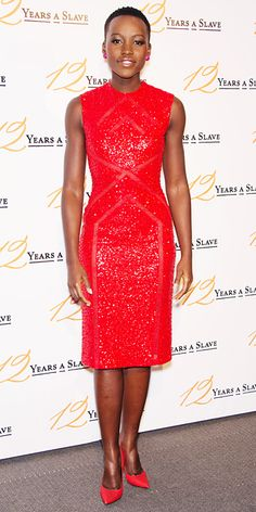 Look of the Day - December 2013 - Lupita Nyong& in Elie Saab NYONG'O At the Paris premiere of 12 Years a Slave, Lupita Nyong'o was a vision in monochromatic red, matching her sequined Elie Saab dress with David Yurman studs and pumps. Beautiful Black Women, Beautiful People, Greige, Elie Saab Dresses, Meagan Good, Look Formal, Formal Wear, Glamour, Red Carpet Looks