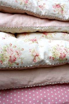 27 Super Ideas For Vintage Quilting Ideas Shabby Chic 2019 27 Super Ideas For . 27 Super Ideas For Vintage Quilting Ideas Shabby Chic 2019 27 Super Ideas For … 27 Super Ideas Shabby Chic 2019, Shabby Chic Chairs, Shabby Chic Pillows, Shabby Chic Interiors, Shabby Chic Pink, Shabby Chic Bedrooms, Shabby Chic Kitchen, Vintage Shabby Chic, Shabby Chic Homes
