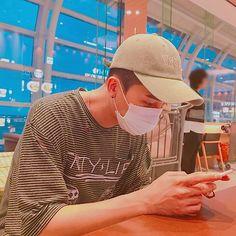 his eyes, his eyebrows. Minho Winner, Sun Song, Song Minho, Bad Timing, Yg Entertainment, Best Self, His Eyes, Boyfriend Material, Boy Fashion