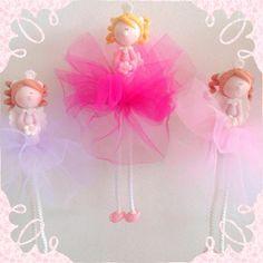 Lindas Haditas !!! Disponible en 3 colores de tul y 2 de cabello  #hada #colores #niña #deco #girlsroom #kids #tiendakalookids  #hechoenchile #decoracion #accesorios #musthave #regaloideal #babyshower #paraeldormitorio #tutu Baby Shower, Fairies, Instagram Posts, Scrap, Ballerina, Faeries, Baby Dolls, Scrappy Quilts, Wedding Pillows