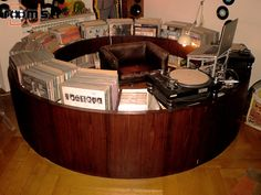 A DJ booth setup at home to 'turn it up! Vinyl Music, Dj Music, Vinyl Records, Trance Music, Music Stuff, Danish Modern, Home Studio, Vinyl Collection, Record Collection