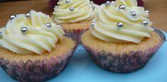 Easy cupcake recipe at the Cake Recipe http://www.thecakerecipe.co.uk/easy-cupcake-recipe/