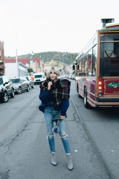 So, its Monday. Seriously how did that happen so fast? I swear five minutes ago it was last Thursday. Cara Loren, Blanket Scarf, Girly, Shit Happens, Fashion Outfits, Fashion Design, Thursday, Clothes, Fall