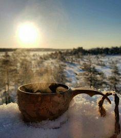 Valkmusan kansallispuistossa aamukahvilla