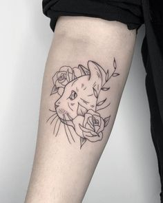 Mini Tattoos, Flower Tattoos, Body Art Tattoos, Small Tattoos, Tatoos, Black Cat Tattoos, Tattoos Skull, Tatto Cat, Tattoo Femeninos
