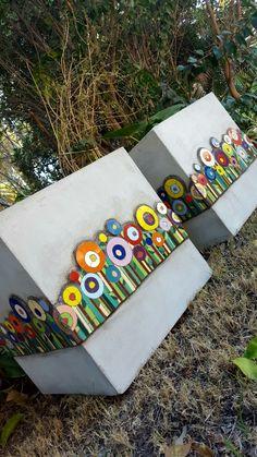Mosaic Planters, Mosaic Garden Art, Mosaic Flower Pots, Tile Crafts, Mosaic Crafts, Mosaic Projects, Mosaic Wall, Mosaic Glass, Mosaic Tiles