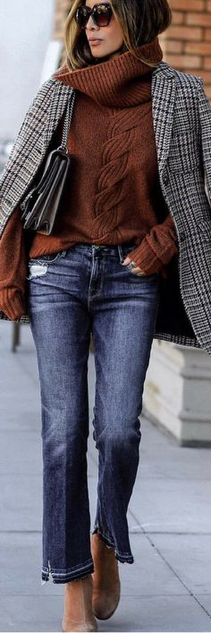 what to wear with a plaid blazer : brown knit sweater bag jeans boots - Winter Outfits Winter Office Outfit, Winter Outfits For Work, Office Outfits, Chic Outfits, Trendy Outfits, Fall Outfits, Fashion Outfits, Work Outfits, Winter Clothes