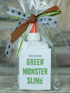 Perfect for Halloween-themed birthdays, this green slime party favor will make your guests scream with delight! http://www.ivillage.com/best-diy-kids-birthday-party-favor-ideas/6-a-515641#