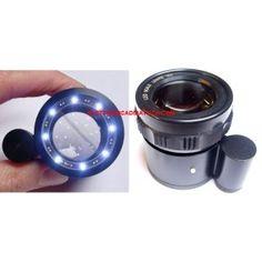 Lente con reticolo e luce led. Ottima lente con reticolo 0,1 mm. Luce led per un ottima illuminazione del piano da osservare. Risoluzione reticolo 0,1 mm - lunghezza reticolo 3 cm