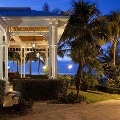 Sunset Key Cottages, a Luxury Collection Resort, Key West - Bar Exterior Key West Restaurants, Key West Hotels, Key West Resorts, Key West Florida, Florida Keys, Outdoor Light Fixtures, Outdoor Lighting, Lighting Ideas, Key West Aquarium
