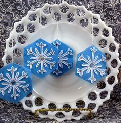 Sweet felt snowflake ornaments.