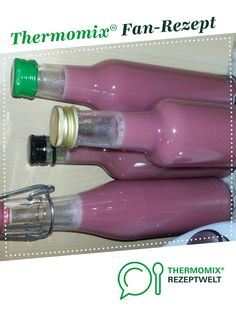 Himbeer-Sahne-Likör Raspberry cream liqueur from A Thermomix ® recipe from the Drinks category www.de, the Thermomix® Community. Watermelon Diet, Watermelon Recipes, Cream Liqueur, Best Butter, Advantages Of Watermelon, Feeling Happy, Eating Plans, Sauce, Body Weight