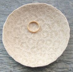 Bleached Coral Porcelain Dish - made of high fired porcelain, and has not been glazed, but left as an off white/ivory color. Ceramic Clay, Ceramic Plates, Porcelain Ceramics, Pottery Plates, Ceramic Pottery, Eco Deco, Clay Bowl, Biscuit, Sea Urchin