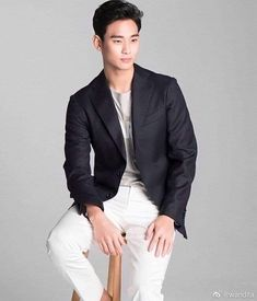 Bello 💖  #KimSooHyun Breast, Suit Jacket, Blazer, Suits, Jackets, Men, Fashion, Down Jackets, Moda