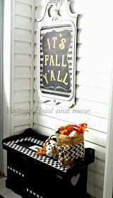 Vintage, Paint and more...: Fall Entryway