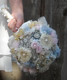 custom-brooch-bouquet-vintage-french-country-romantic-shabby-chic-wedding-bride-or-bridesmaid.jpg (570×676)
