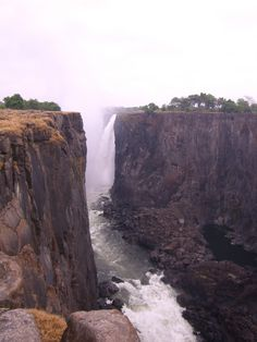 Victoria Fälle in Sambia Waterfalls, Travel, Outdoor, Cruises, Outdoors, Viajes, Waterfall, Trips, Outdoor Living