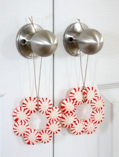 Make this classic Christmas craft with the kids and use to decorate presents, table-scapes, and more (see post for how to make them non-stic...