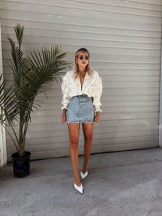 45 excellent ideas to wear mini skirts womens fashion летняя Simple Summer Outfits, Spring Outfits, Trendy Outfits, Fashion Outfits, Womens Fashion, Fashion Tips, Diy Fashion, Fashion Fall, Fashion Blogger Style