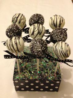 #Black & #white #cake #pops