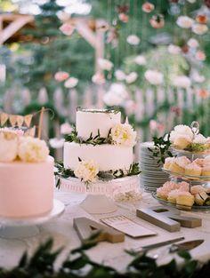 garden wedding cake - photo by Cassidy Brooke http://ruffledblog.com/delicate-garden-wedding-on-film #weddingcake #cakes