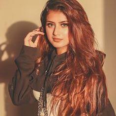 Sayyed Arishfa Khan🦁 (@arishfakhan138) • Instagram photos and videos Cute Small Girl, Cute Girls, Beautiful Girl In India, Beautiful Women, Cute Girl Photo, Teen Actresses, Girl Poses, Stylish Girl, Woman Face
