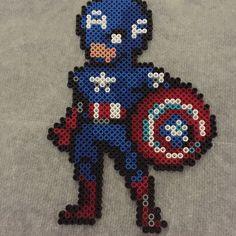 Captain America perler beads by the_friendly_mushroom