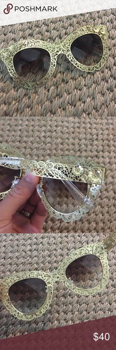 Dolce and Gabbana D&G gold flower sunglasses Price reflects authenticity. No bag or box but will be shipped nicely. Brand new. Dolce & Gabbana Accessories Sunglasses
