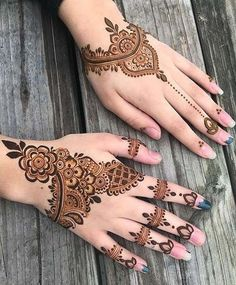 Beautiful Mehndi Design - Browse thousand of beautiful mehndi desings for your hands and feet. Here you will be find best mehndi design for every place and occastion. Quickly save your favorite Mehendi design images and pictures on the HappyShappy app. Henna Hand Designs, Latest Henna Designs, Beginner Henna Designs, Mehndi Designs 2018, Bridal Henna Designs, Unique Mehndi Designs, Beautiful Mehndi Design, Mehndi Designs For Hands, Henna Tattoo Designs