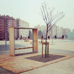 upcyclingcity #urbanrecycle #urbanreuse #estonoesunsolar #streetfurniture #urbanfurniture #bench #swing chaiselongue #pergola #lampost #fence #texture #temporaryuse #vacantlands