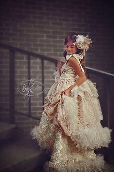 An Exquisite girls ball gown Feather Dress, Flower Girl Dresses, Flower Girls, Beautiful Dresses, Ball Gowns, Kids Outfits, Style Inspiration, Couture, Lady