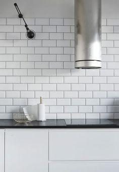 Photo: Riikka Kantinkoski #lagerma: Meidän keittiössä / Our kitchen