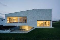 House in the March District / Kit Architects