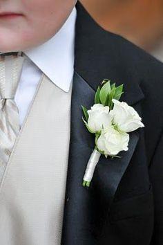 i like the spray roses: