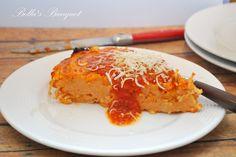 Comfort food at it's best! Spaghetti Pie, Lasagna, Ethnic Recipes, Food, Essen, Meals, Yemek, Lasagne, Eten