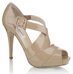 Shoes Kate Middleton wore in California...very cute! @Mandy Bryant Brush