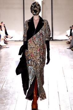 Maison Martin Margiela Fall 2013 Couture Collection Slideshow on Style.com