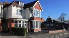 Broadway House Apartment 2 Bournemouth Broadway House Apartment 6 is 400 yards from Overcliff Drive, with direct beach access to Bournemouth?s 7-mile beach, just 50 yards from Southbourne Grove and 500 yards from Southbourne Beach. Free limited private parking is available on-site.