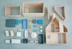 We have sometimes told that we like classical entertainment ways for kids. It's true that technology is a good fun resource, but there is a huge choice of amusing alternatives we have to keep in mind too. One of the most typical toys is the dolls' house. However,we chose one with a more modern design. […]