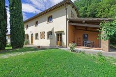 Bijgebouw van een schitterend kasteel in de Chianti Classico streek, nabij Florence in Toscane